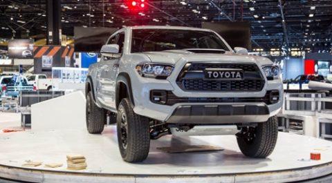 Xe bán tải Toyota Tacoma TRD Pro 2017 công bố giá