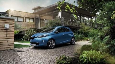 Pháp cấm bán xe dùng động cơ xăng/diesel kể từ năm 2040